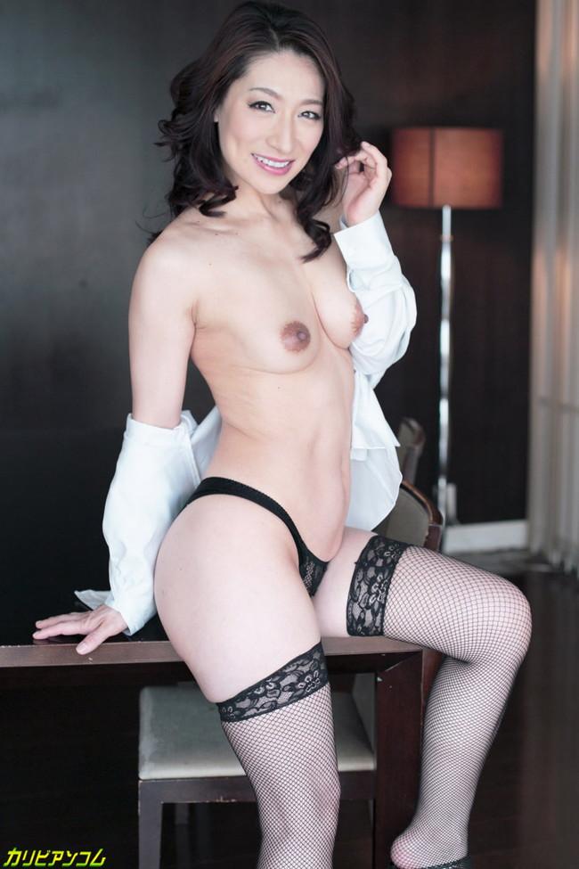 【ヌード画像】松本まりなの妖しく艶めかしい美熟女ヌード画像(33枚) 10