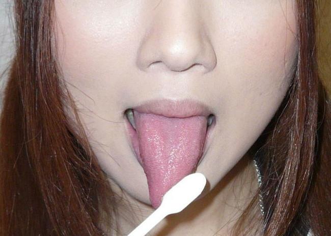 【ヌード画像】ぬるぬでトロトロのベロがダントツでエロいっす。こんな舌で舐められたい最高のエロ舌画像集(50枚) 14