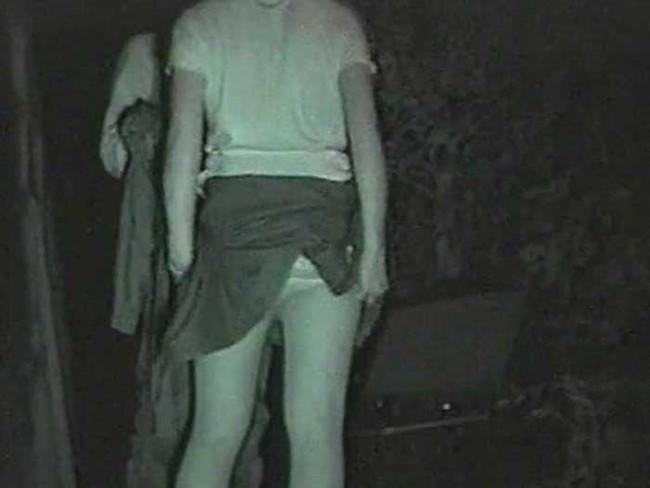 【ヌード画像】公園での素人SEXを赤外線盗撮した画像集!盗撮されようが蚊に刺されようがとにかくSEX!ww(50枚) 42