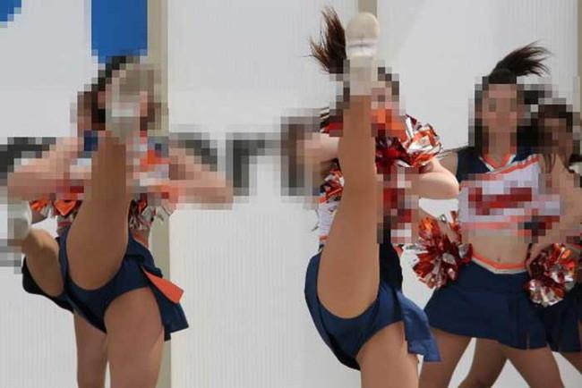 【ヌード画像】チアガールの限界まで広げた股間に元気と性欲100倍な俺が選んだチアガール開脚画像集!(50枚) 39