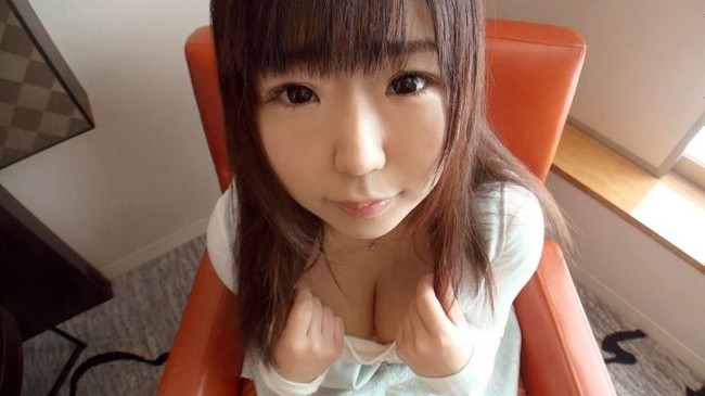 【ヌード画像】エロい事何も知らないような顔して超巨乳というズルすぎるギャップありすぎな女の子のエロ巨乳画像集(50枚) 50