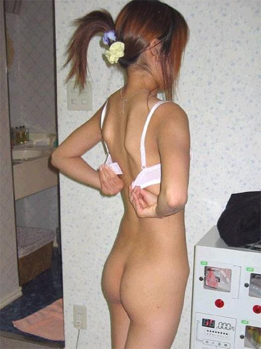 【ヌード画像】スタイル抜群の女性が下着姿でポーズを取ったら(35枚) 33