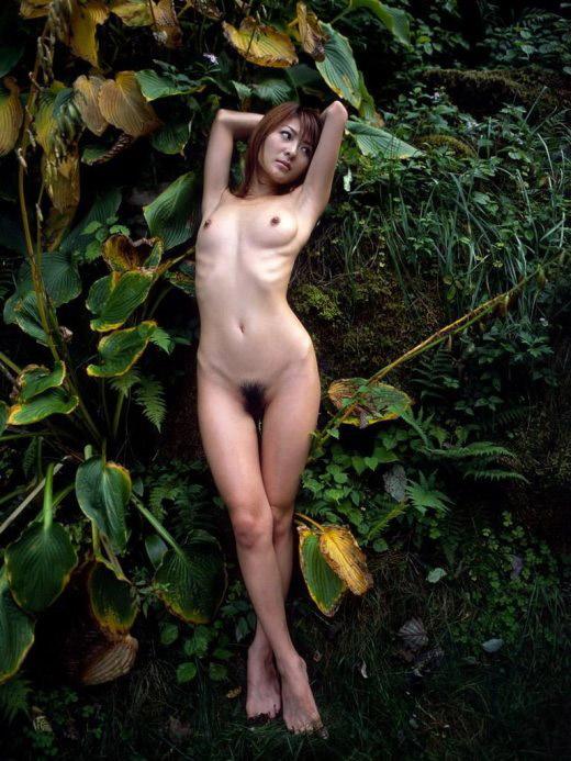 【ヌード画像】トップレスとヘアヌードのよろずエロ画像まとめ(30枚) 03