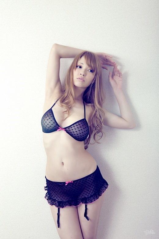【ヌード画像】巨乳でマシュマロボディなAV女優・ティア(30枚) 03