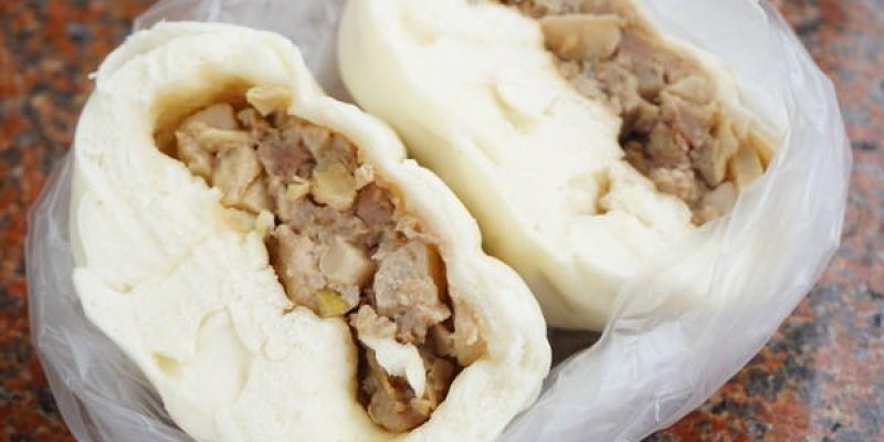 """【新北板橋美食】食味包子  *♥超扎實大包子饅頭""""雪裡紅""""筍乾肉包"""