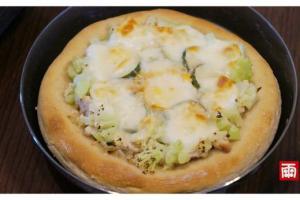 用麵包機做小披薩