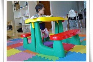 小雨的BABYJOY遊戲桌椅、畫畫桌⊕1y9m