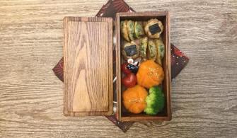 【便當日記】#60 地瓜茶巾絞、海苔肉餅、小黃瓜煎餅、小番茄愛心Bento #60 Sweet Potatos, Burgers with Seaweed, Korean Cucumber Fritters and Tomato Hearts