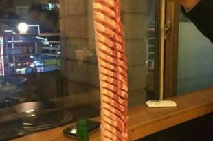 """弘大/讓人享受肉的美味的""""肉真誠""""(육정성)"""