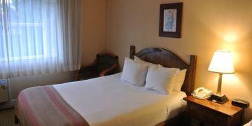 美國加州。San Jose Airport Garden Hotel。整齊乾淨平價旅館
