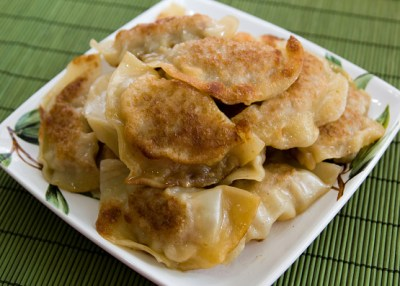 Pot Stickers Chinese Dumplings) Recipe - Genius Kitchen