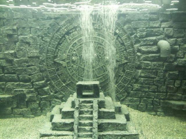 My DIY Mayan/Aztec 3D Background W/ Pyramid   Page 2