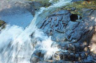 [旅遊] 吳哥窟 第二天(女王宮、水底浮雕、崩密列寺)(2)