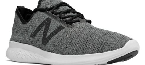 New Balance Men's FuelCore Coast v4 跑鞋 $28.99