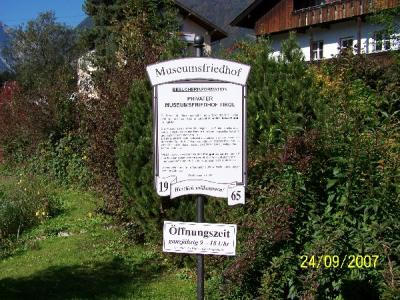 Private Homepage von Ralf & Esther - Austria-Lustiger Friedhof