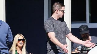 Flip or Flop's Tarek and Christina El Moussa Goof Off on Set Amid Divorce