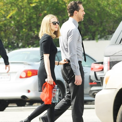 Amanda Seyfried Dating 'Last Word' Costar Thomas Sadoski: Details!
