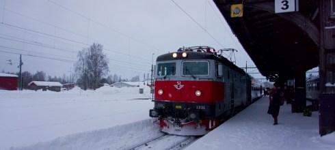 歐洲火車|瑞典北極特快車,頭等艙臥舖火車初體驗,在北國列車中醒來。