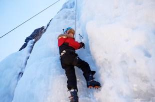 瑞典極光|挑戰冰攀,北極零下20度的冰瀑攀岩挑戰,再冷也絕不認輸!