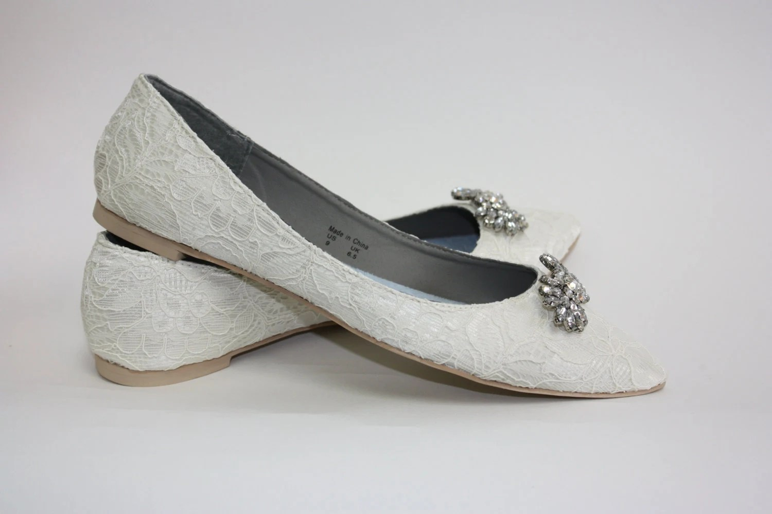 flat shoes wedding slippers Wedding Shoes Lace Flats Lace Wedding Shoes Crystals Wedding Flats Shoes Crystals Downton Abby Vintage Shoe Parisxox