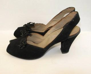 Vintage 1940s Suede Peep-toe Slingback Shoes - 6