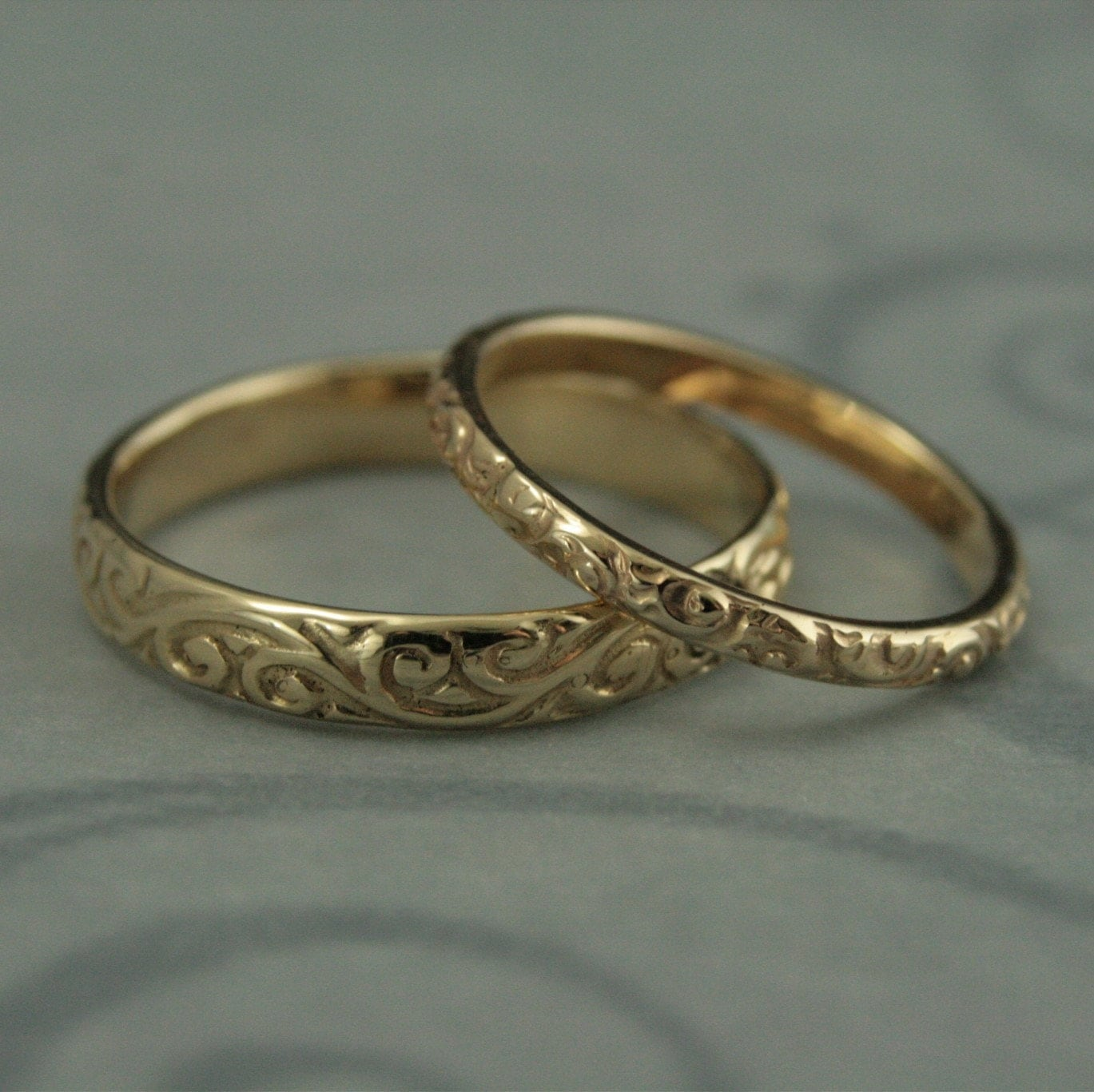 vintage style ring antique style wedding bands Patterned Wedding Band Set Vintage Style Wedding Rings His and Hers Set Antique Style Rings 14K Gold Rococo Flourish Set His and Hers Bands