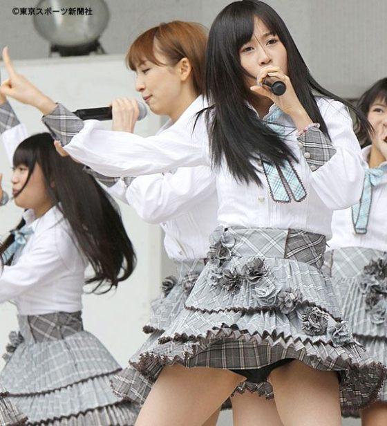 【アイドル達のエロ画像】アイドル達ファン達は嬉しいハプニングエロ画像!! 19