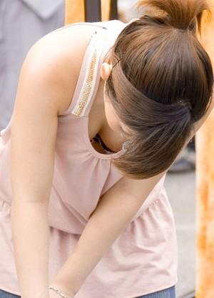 【エロ画像】なぜに女性が起こすハプニングはエロいのかを知りたくて探した結果ww 10