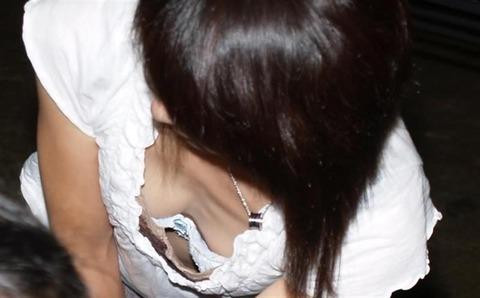 【チラ画像】エロいお姉さんたちのハプニング画像集めてみましたww 05