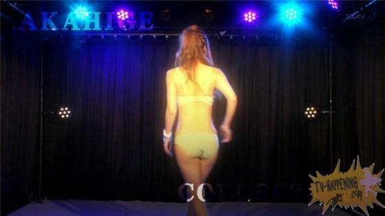 【お宝キャプ画像】エロシーン満載のバコバコTV!Tバックの美女が四つん這いでおねだりポーズww 20