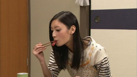 【擬似フェラキャプ画像】性欲の溜まってるタレント達が食レポで卑猥な顔しちゃってるww 05