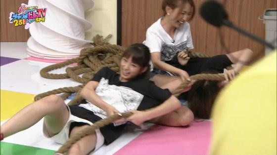 【パンチラ放送事故画像】女子アナやアイドルの見えてはいけない領域が見えた瞬間!! 07