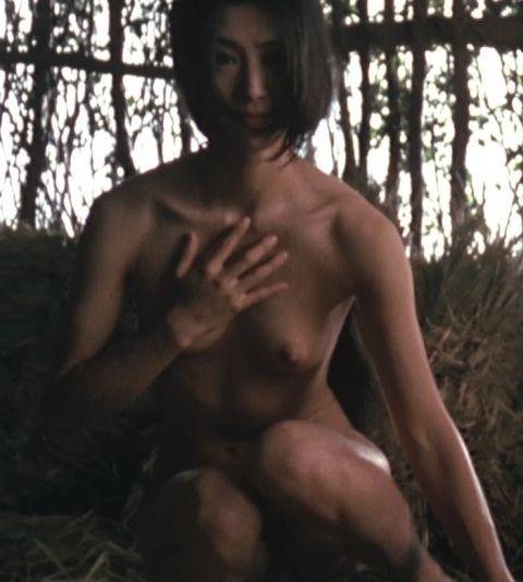 【オッパイキャプ画像】もはやテレビで隠すこともやめてしまった女優やアイドル達のオッパイww 09