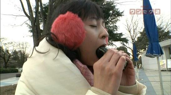 【放送事故画像】食欲の秋!フェラ顔満載で食べまくるwww 17
