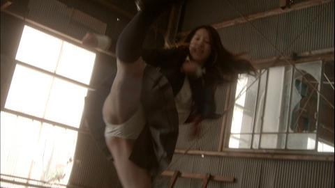 【放送事故画像】ドラマのエロシーンって下着は勿論乳首まで普通に出すよなwww 18