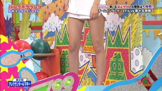【放送事故画像】パンストの脚もいいけど、俺はやっぱり生足が好きww 05
