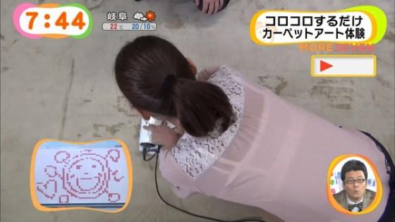 【放送事故画像】テレビで透け透けの衣装でやらしく自分の下着を見せつけてる女達ww 22