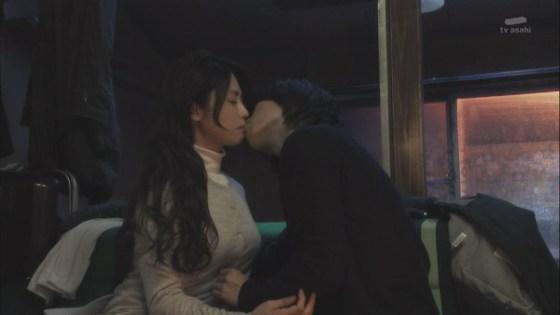 【放送事故画像】セックスする合図はやっぱりキス?ドラマなどで映ったキスシーンww 04