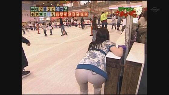 【放送事故画像】テレビでお尻突きだしちゃって形も大きさも丸わかりな女達www 04