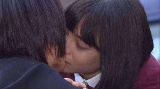 【放送事故画像】キス顔とかキスシーン見てたらキュンキュンしない?ww 23
