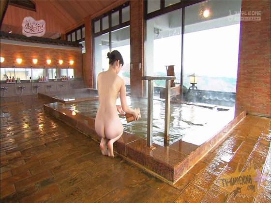 【お宝エロ画像】温泉に行こうに出てる女って決して可愛くはないんだけど何か妙にそそられない?w 21