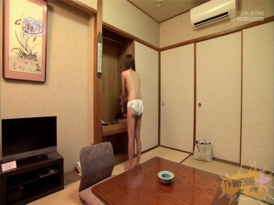 【お宝エロ画像】今回のもっと温泉に行こうに出た女が細すぎて脱いでるのにエロく見えないのは俺だけ?ww 10