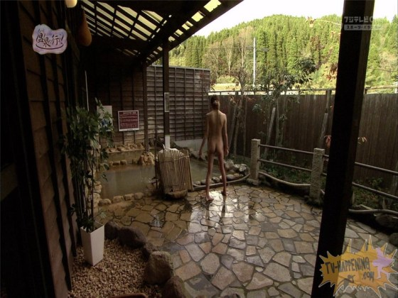 【お宝エロ画像】今回のもっと温泉に行こうに出た女が細すぎて脱いでるのにエロく見えないのは俺だけ?ww 21