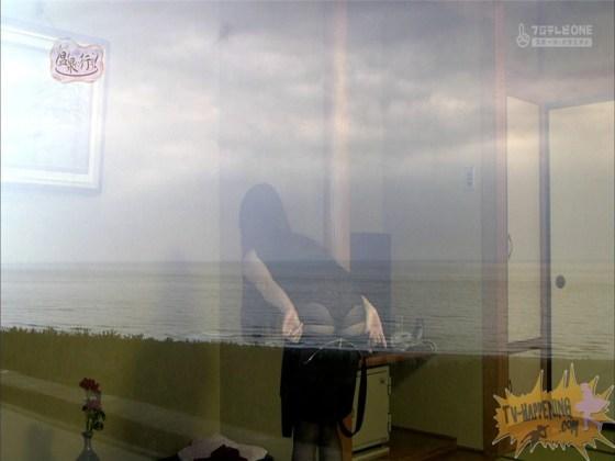 【お宝エロ画像】来た来た来た~!!温泉に行こうで完全に乳首映しやがった~wwww 03