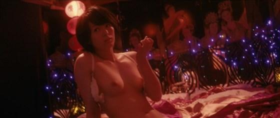 【お宝濡れ場画像】女優達が全裸で演ずる濡れ場のシーンが過激すぎて勃起不可避な件ww 20