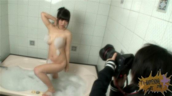 【お宝エロ画像】バコバコTV!巨乳ちゃんの乳輪まであと数センチww 09