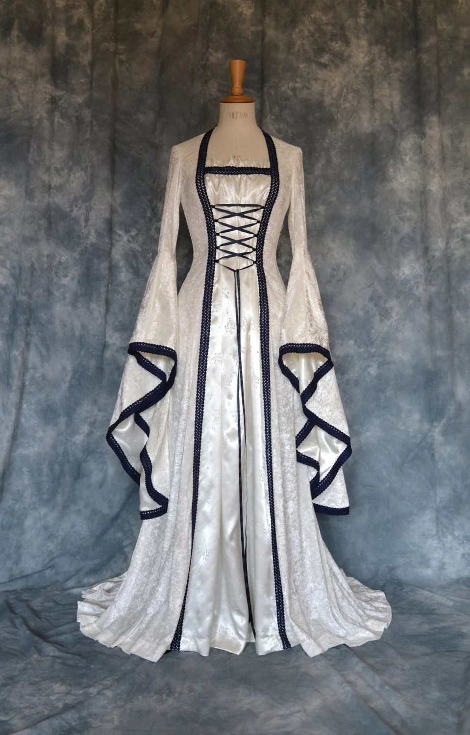 traditional celtic wedding dresses medieval wedding dress Here s an interesting one traditional bridal gowns were never white but blue The popularity of the white wedding dress representing virginity and purity
