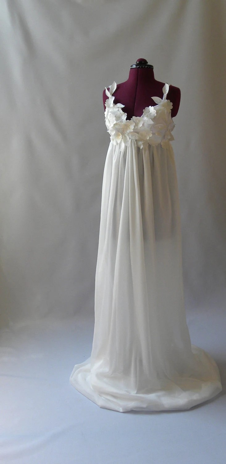 white flowy wedding dresses ymKBIZZbRo flowy wedding dresses Dress