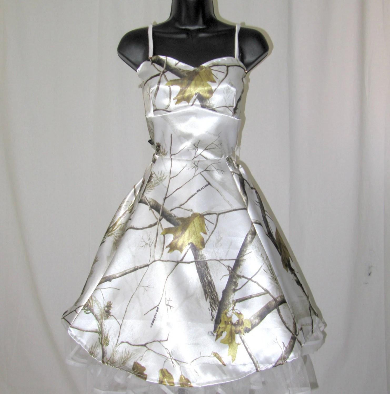 snow white camo hair accessories QktfsjJKVtBvU white camo wedding dresses Snow White Camo Wedding Dress