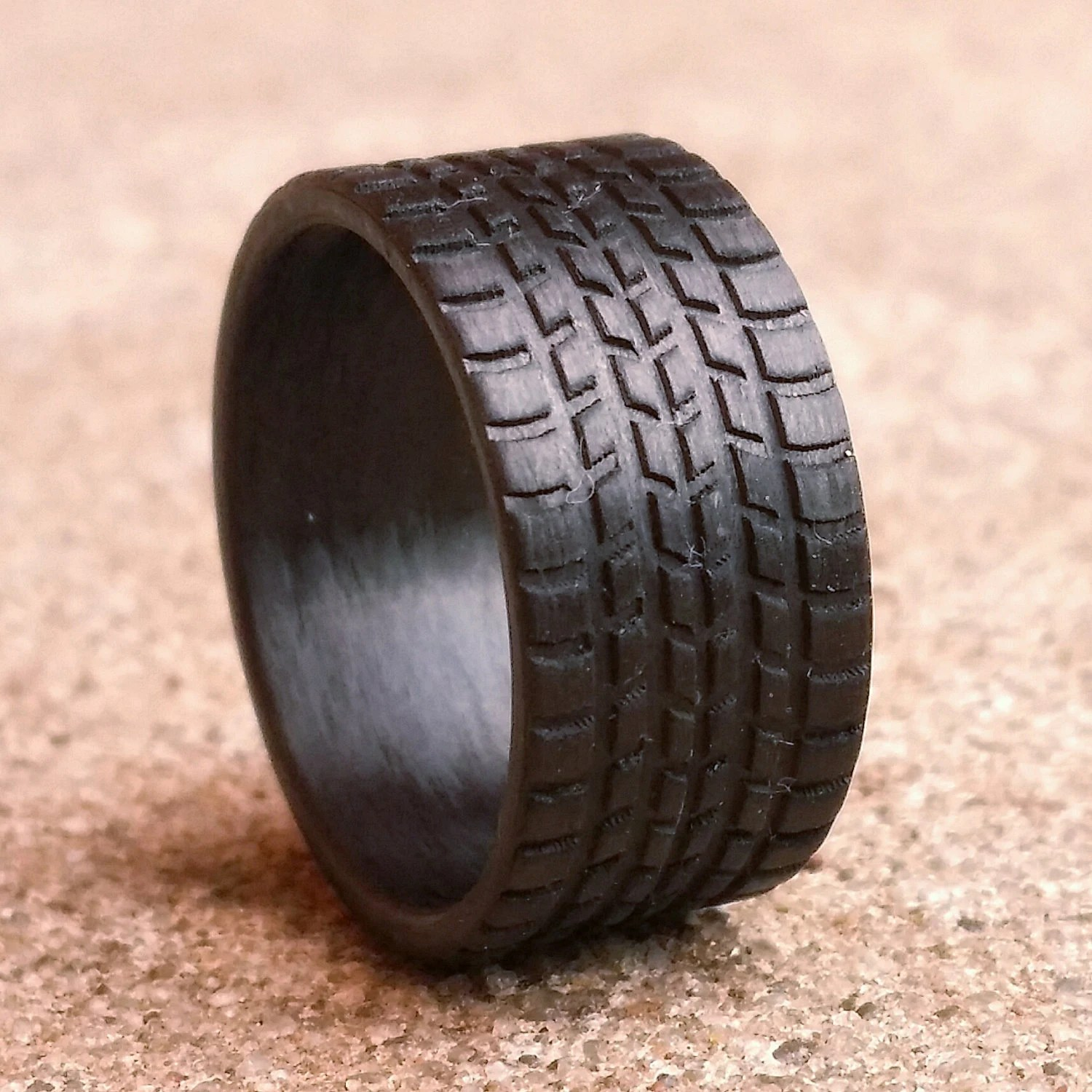 tire tread ring mud tire wedding rings Sport Tread 10mm wide Carbon Fiber Tread Ring Strong Light Weight Wedding Ring Comfort fit Durable Finish